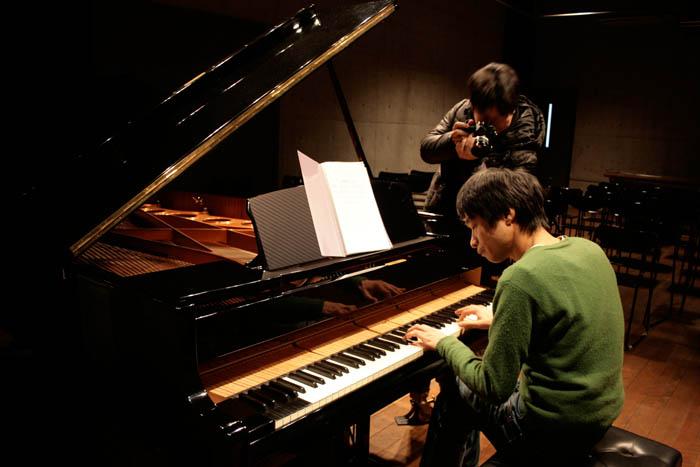 nomura-piano.jpg